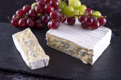 Cotswold Blue Brie 300g - The Cheese Merchant - 44 Foods - 04